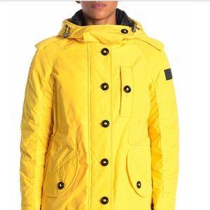 Hailmere Burberry raincoat